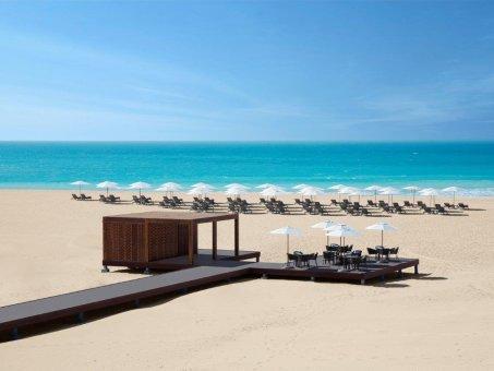 Rezort v Abu Dhabi -  Saadiyat Rotana Resort & Villas *****!